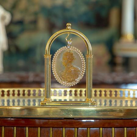 Camée du buste de Marie de Médicis, reine de France, 17ème, ambre or et diamants
