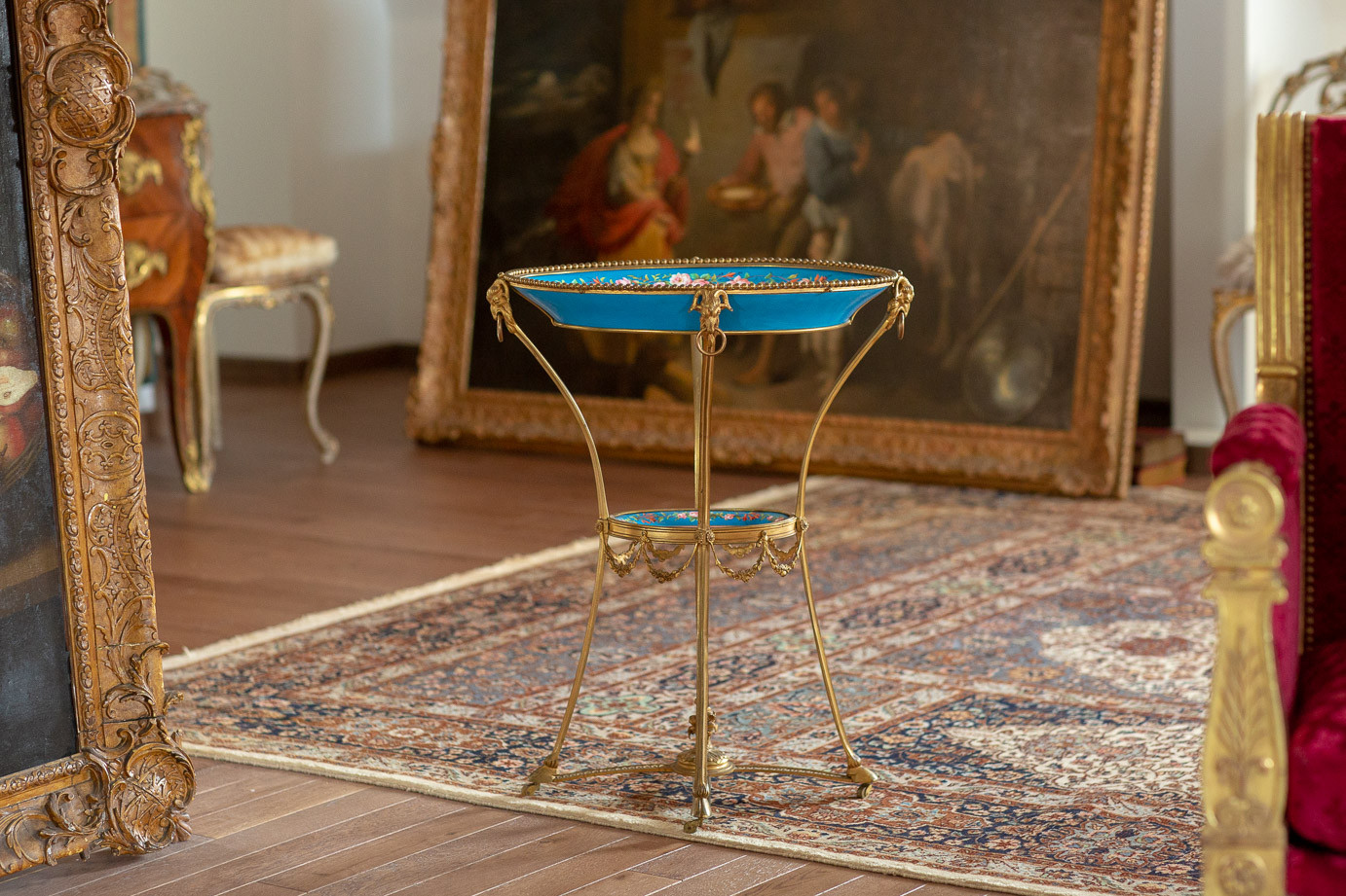 Manufacture royale de Sèvres  - Pedestal table in bronze carved and gilded with Sevres porcelain, from the royal family