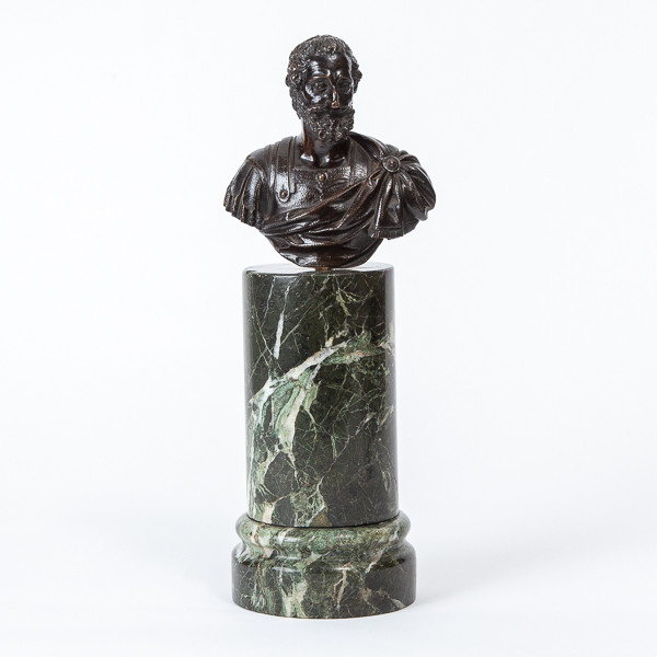 Attr. to Barthelemy Prieur (1536-1611)  - Antique bust of King Henry IV in bronze with brown patina