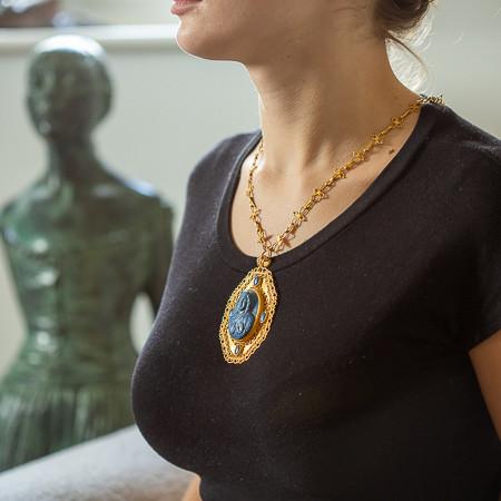 Byzantine gold medallion setting an 11th-century lapis lazuli cameo