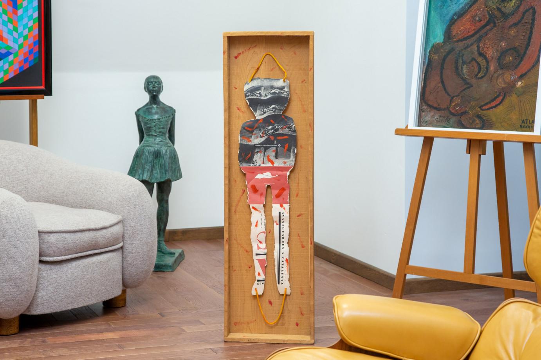 Jean-Michel Folon (1934-2005)  - Personnage, découpage avec couleurs et corde monté sur boîte en bois